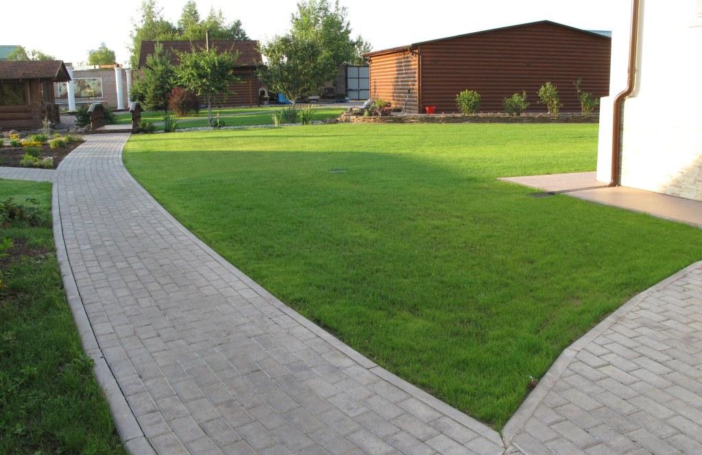 Картинки по запросу газон тротуар